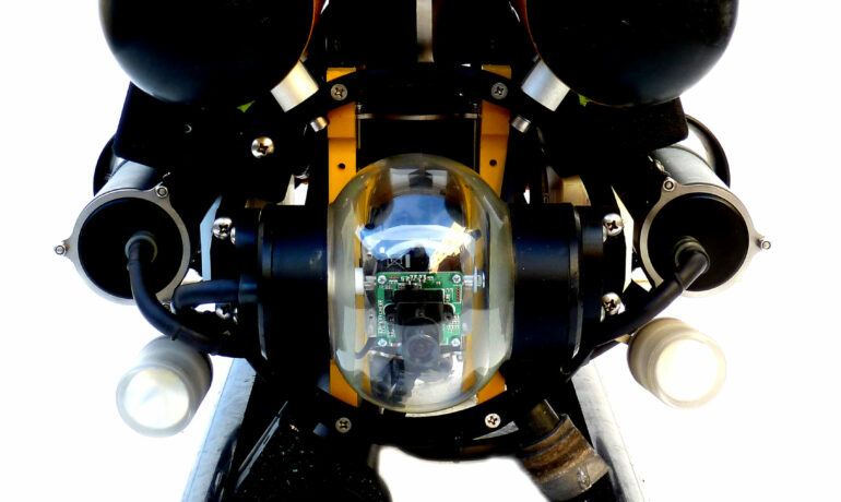 RB 300 mit RAY sonar